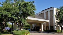 Hampton Inn Dallas- Addison