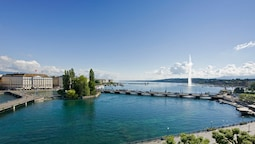Four Seasons Hotel Geneva