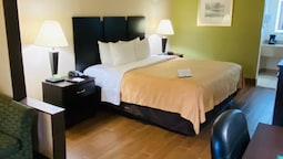 Quality Inn & Suites Orlando Airport