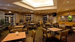 La Quinta Inn & Suites by Wyndham Greensboro NC