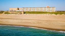Ramada Plaza by Wyndham Nags Head Oceanfront