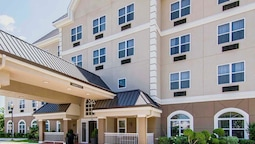 Quality Inn & Suites I-35 E / Walnut Hill