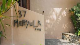 Meryula Luxury House