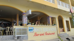 White Beach Hotel Bar and Restaurant