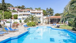 Stafylos Suites Boutique Hotel