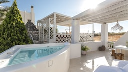 Aeolos Luxury Villas & Suites