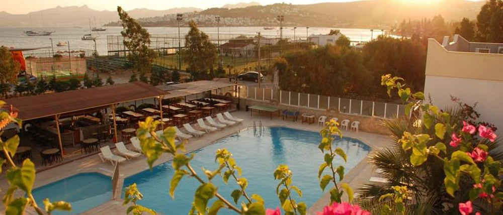 Chronos Beach Otel - All Inclusive