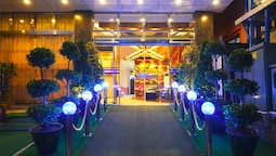 Golden City Light Hotel