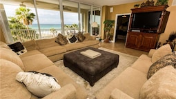 Oceania Destin Rental by Holiday Isle