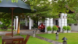 Nature Trails Boutique Hotel
