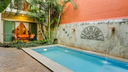 Casa Del Maya Bed & Breakfast