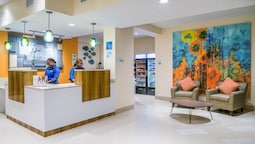 Holiday Inn Express & Suites Nassau, an IHG Hotel