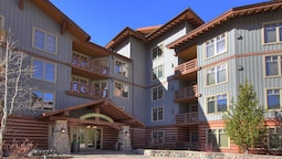 Tucker Mountain at Center Village by Copper Mountain Lodging