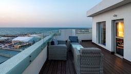 Port and Blue TLV Boutique Suites Hotel