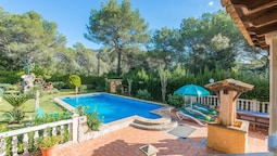 ELS Pins - Villa With Private Pool in Crestatx