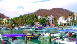 Canadian Resorts Huatulco