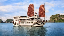 Halong Royal Palace Cruise