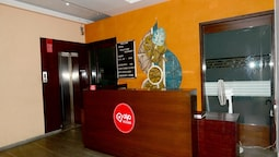 OYO 1030 Hotel Palm View Residency
