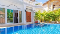 Baan Kanittha - 6 Bedrooms Private Pool Villa