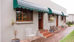 17 on 5th Avenue Walmer Guest House