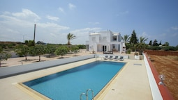 Protaras Views Villa