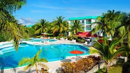 Grand Baymen Resort