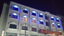 Hotel Luciya International