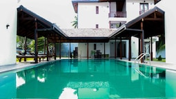 Lagoon Boutique Hotel