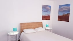 Blue Boutique Hostel & Suites