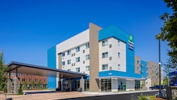 Holiday Inn Express & Suites Portland Airport - Cascade Stn