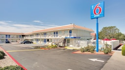 Motel 6 Albuquerque, NM - Carlisle