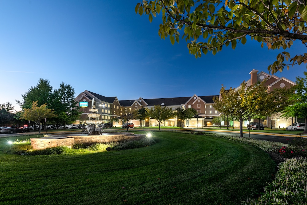 Staybridge Suites Chantilly - Dulles Airport