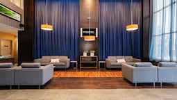 Sandman Hotels & Suites Calgary West