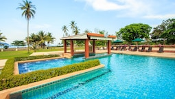 Novotel Chumphon Beach Resort