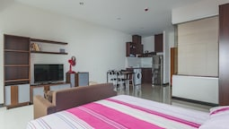 Condo in Karon in Chic Condo (Unit A108)