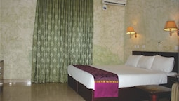 Bestway Luxury Suites