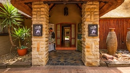 Africlassic River Lodge- Rivonia