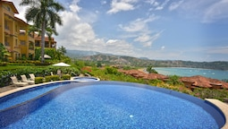 Los Sueños Jungle Penthouse w/ Amazing View - Marbella 1D. by RedAwnin