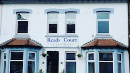 Reads Court Holiday Apartments
