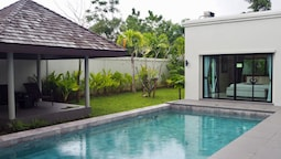 Villa Somewhere Phuket Layantara