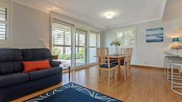 Carindale, Unit 10/19-23 Dowling Street