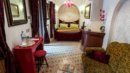 Riad Asrari - Adults Only