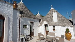 Romantic Trulli