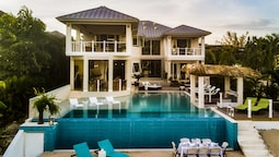 Everything Nice By the Sea in Montego Bay 5BR