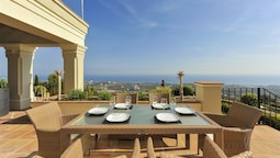 Los Monteros Ocean Views Canovas