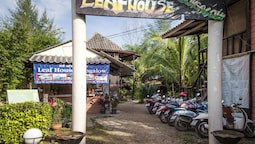 Leaf House Bungalow - Hostel