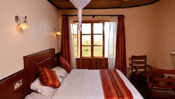 Mara Sun Lodge