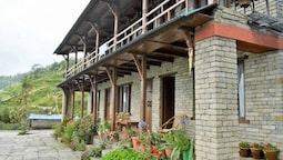 Dhampus Village Eco Lodge