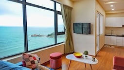 TP Beachfront Apartment