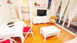 HomeHolidaysRentals Apartamento Happiness - Costa Barcelona